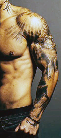 Top 60 Best Cross Tattoos für Männer - ein Symbol für Glauben und Erbe