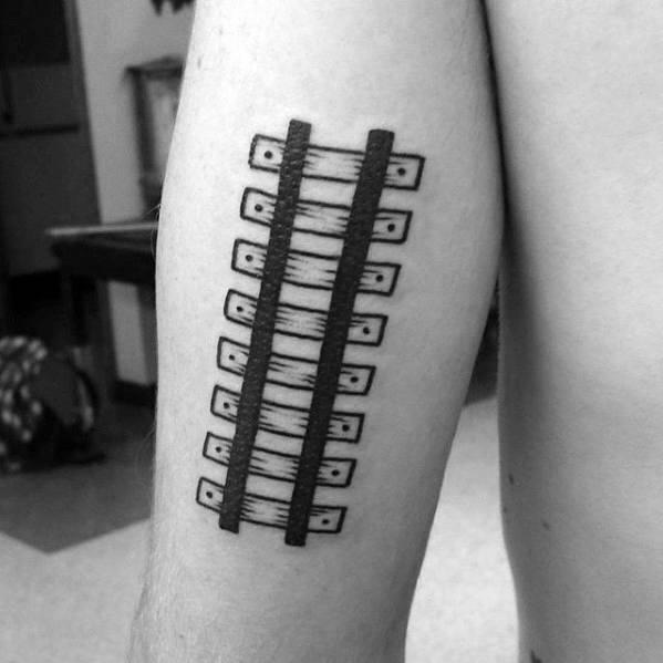 40 einfache Arm Tattoos für Jungs - Cool Masculine Design-Ideen