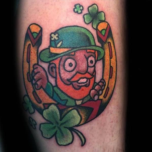 50 Leprechaun Tattoo Designs für Männer - Irish Folklore Ink Ideen