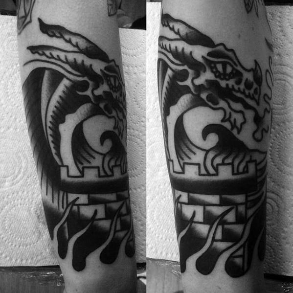 50 traditionelle Dragon Tattoo Designs für Männer - Retro-Ideen