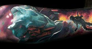 70 Alien Tattoo Designs für Männer - Außerirdischen Tinte Ideen