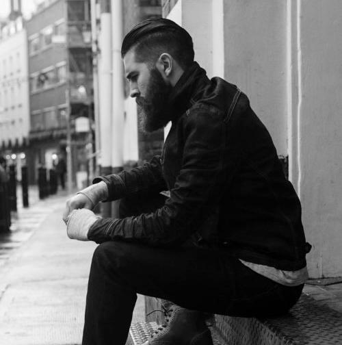 50 Frisuren für Männer mit Bart - männliche Haarschnitt-Ideen