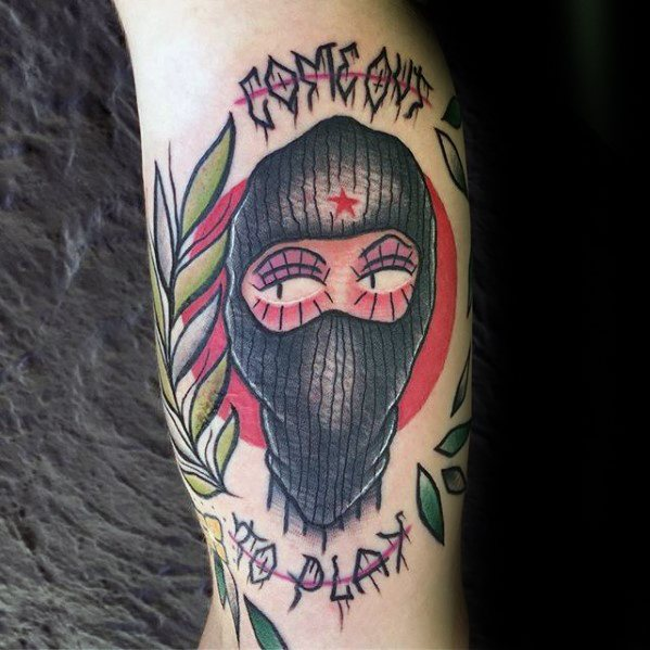 30 Ski Mask Tattoo Designs für Männer - Masked Ink Ideen
