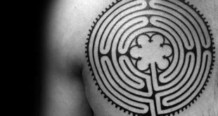 60 Labyrinth Tattoo Designs für Männer - Maze Ink Ideen