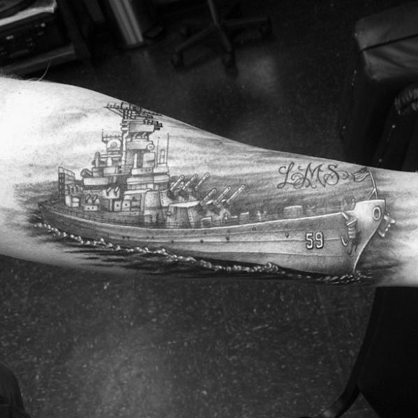 40 Schlachtschiff Tattoo Designs für Männer - Manly Ink Ideen
