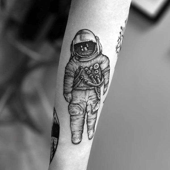 30 Deja Entendu Tattoo Designs für Männer - Brand New Band Ideen