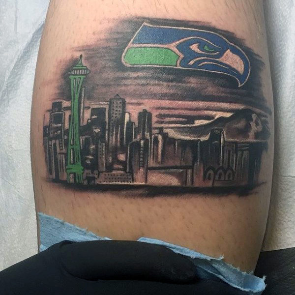 30 Seattle Skyline Tattoo Designs für Männer - Stadt Tinte Ideen